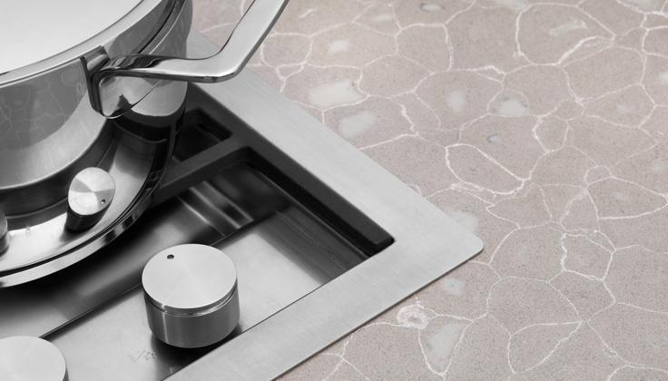 Quartz vs. Granite Countertops - What Should You Choose?